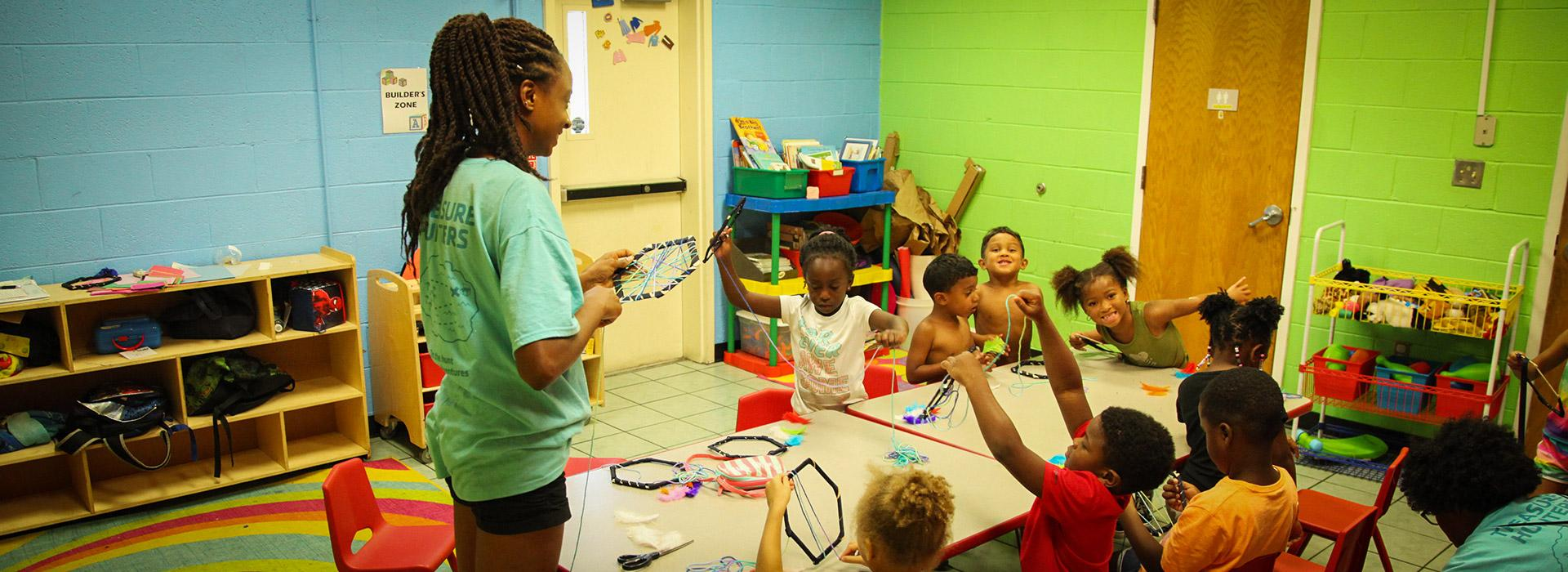 Effingham Street Family YMCA arts and crafts